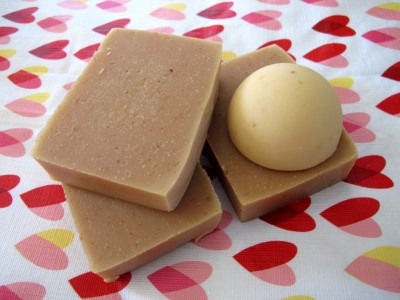 gelled and ungelled soap