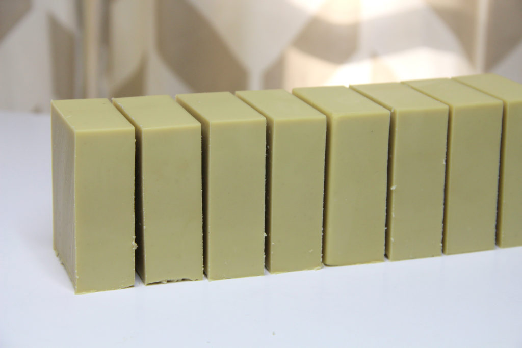 laurel fruit soap